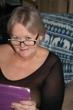 lustfulgrAnnY from Bridgend,United Kingdom